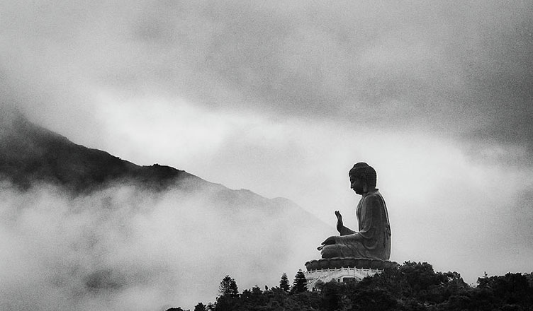 Budizm'i Merak Edenler için 4 Başlangıç Kitabı